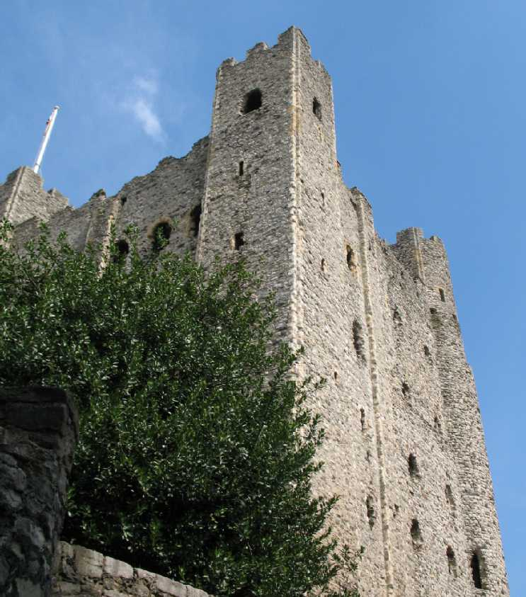 Upwards view of Rochester Castle