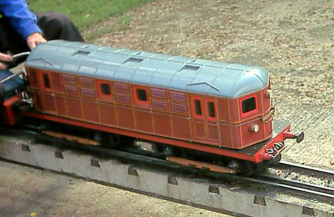 Tonbridge Castle miniature trains - electric 2