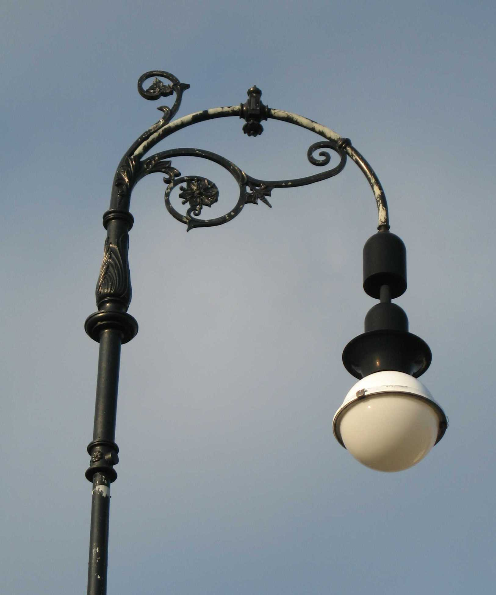 Lamp post top