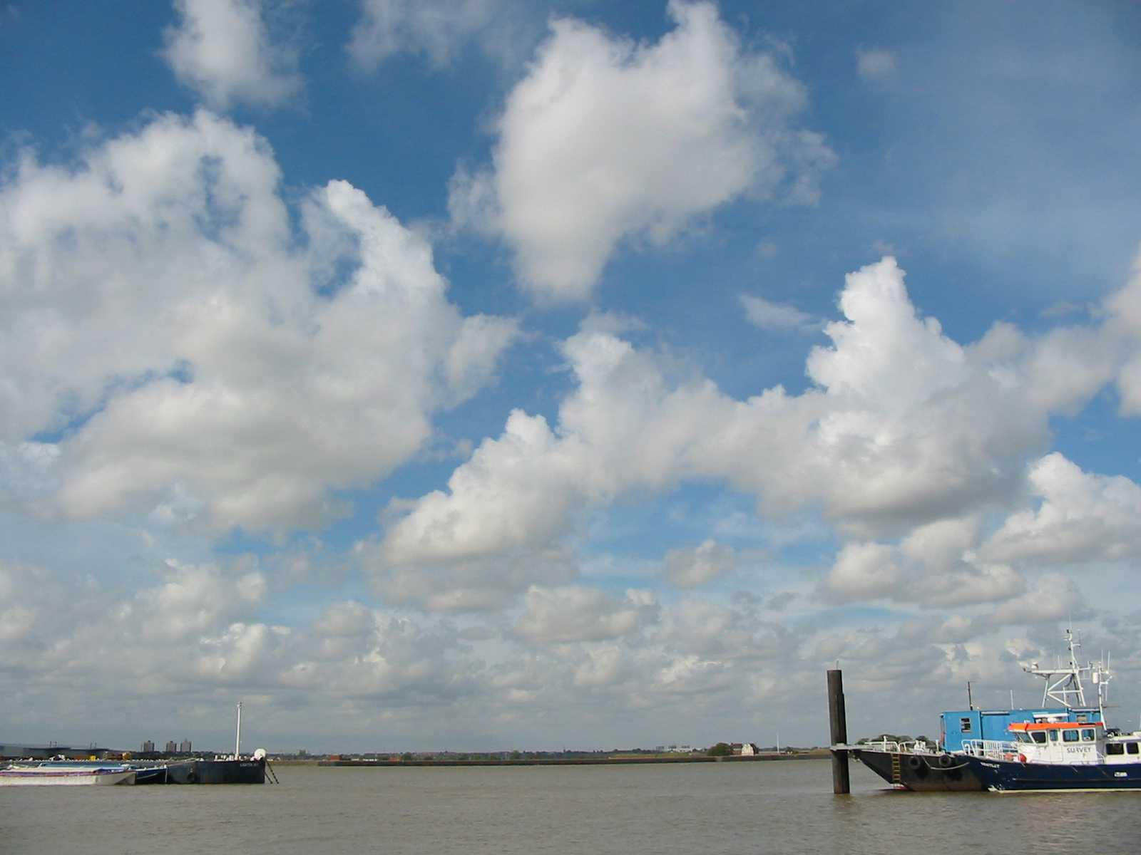 Clouds river Gravesend