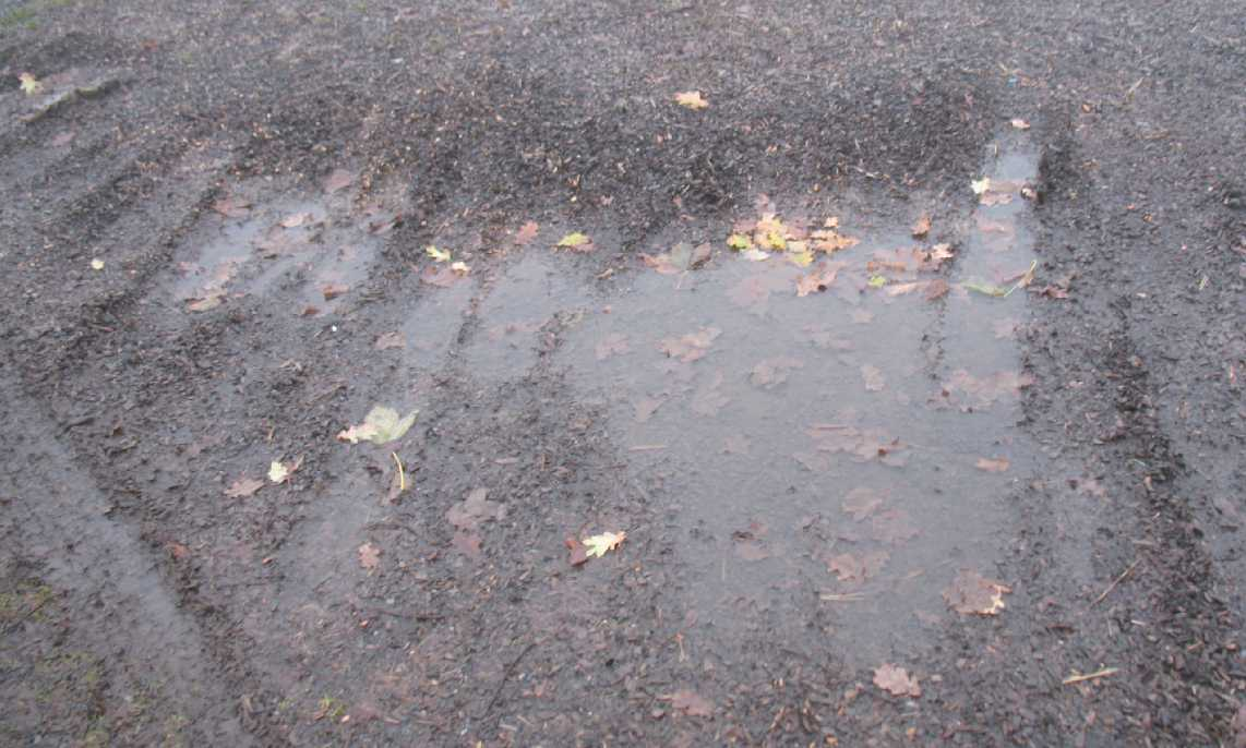 Puddle in chippings